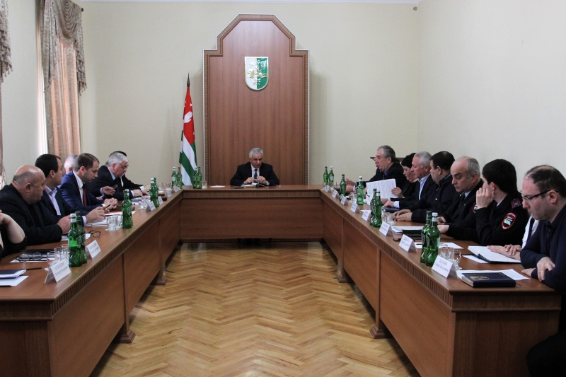 The President Held a Meeting on the Questions of Issuing Passports and Residence Permits