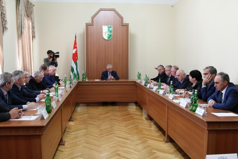 The President Held a Meeting on the Assistance to the Preparations for the Elections of the President of the Russian Federation